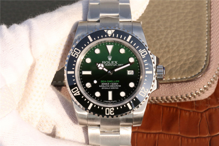 The Green Moster In Deep Sea – Rolex D-Green Sea-Dweller Replica Watch Review